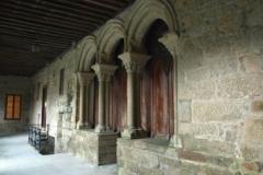 Arcos de entrada da sala capitular testemuño in situ da fábrica primitiva