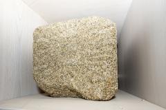 Clave de bóveda cun motivo de roseta solar Granito pardo, 34 x 32 x 32 cm S. XIV-XV