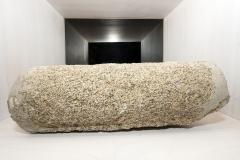 Fuste cilíndrico entrego Granito . Fragmento 2, 34 x 18 cm (diámetro) S. XIV